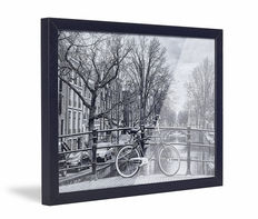Framed Skew Black