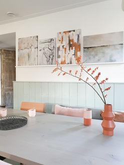 Mix van abstracte kunst op canvas in moderne stijl