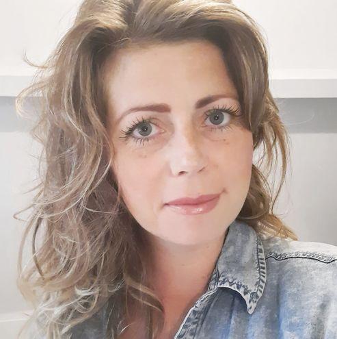 Pasfoto Dominique